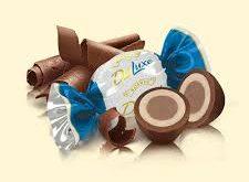 شکلات خارجی کیلویی روشن