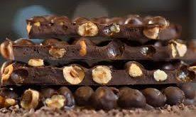 قیمت شکلات مغزدار
